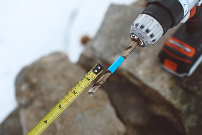 Consejo: Medir la profundidad de perforación.
