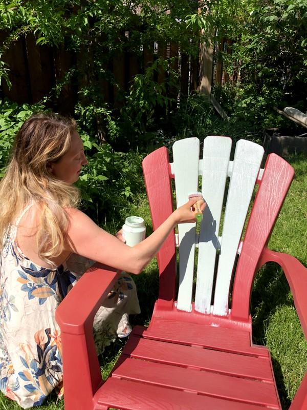 como pintar silla de plástico
