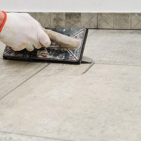 Protege los azulejos contra las manchas.