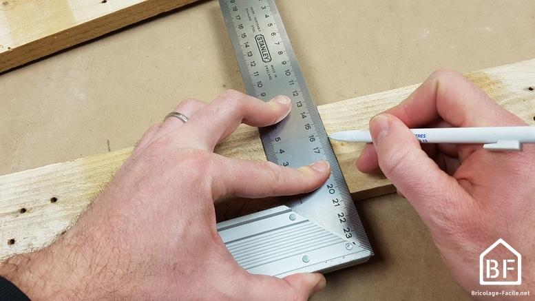 Hacer un gol de palets de madera.