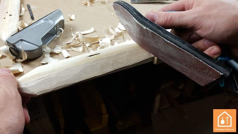 Espada de madera-lijar madera
